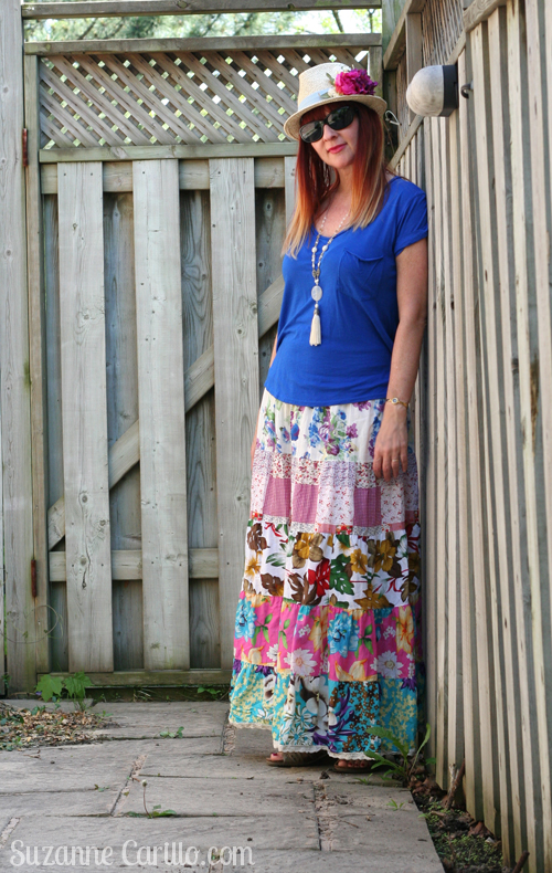 how to wear bright bold maxi skirt over 40