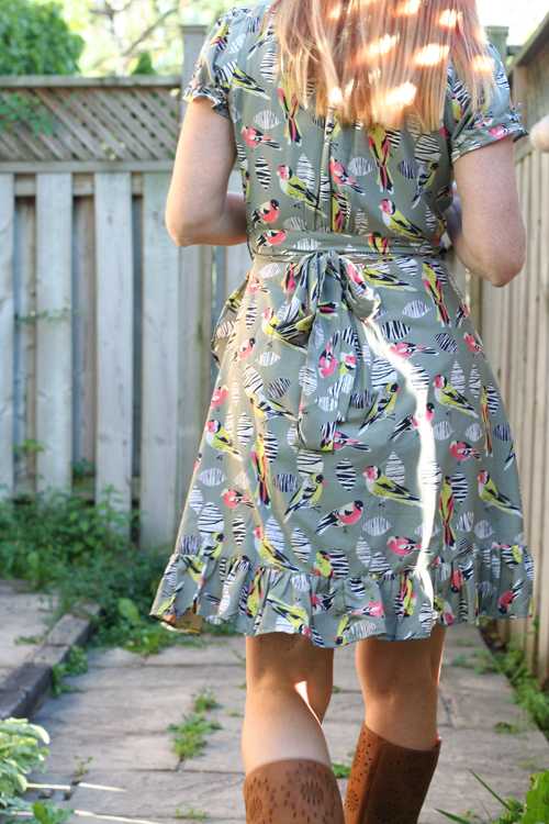 bird pattern dress by yumi suzanne carillo over 40 style