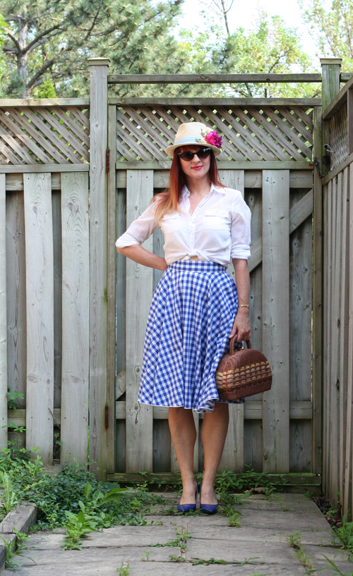 how to wear gingham over 40