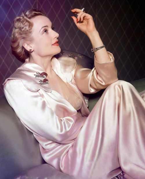 Carole Lombard in dressing gown
