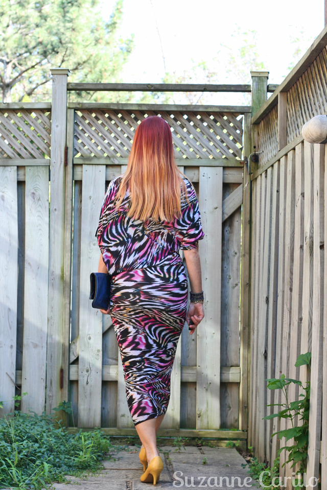 how to wear bold patterns over 40 suzanne carillo style