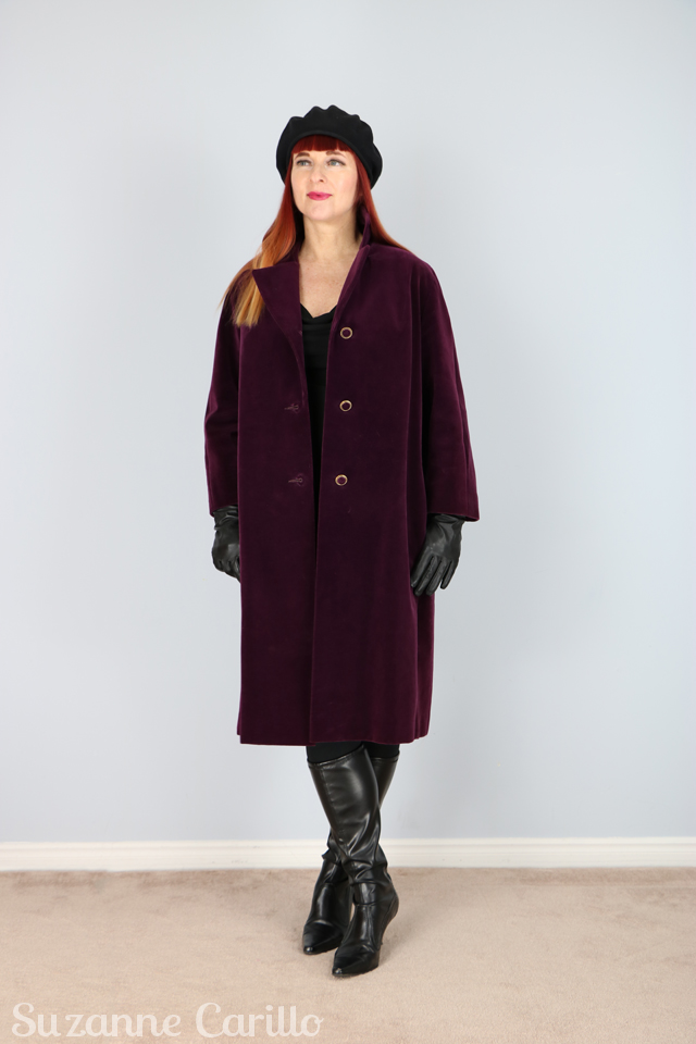 Must have velvet vintage coat for fall. 5 must haves for fall.
