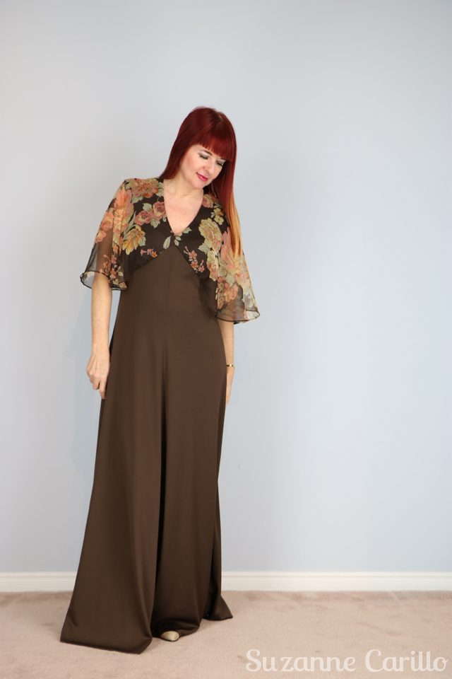 gorgeous brown 1970s maxi dress for sale with flutter sleeves vintagebysuzanne on etsy