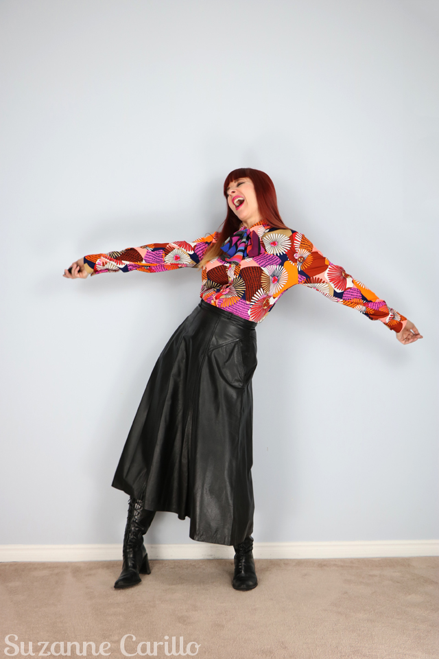 how to wear a bright vintage blouse over 40 suzanne carillo