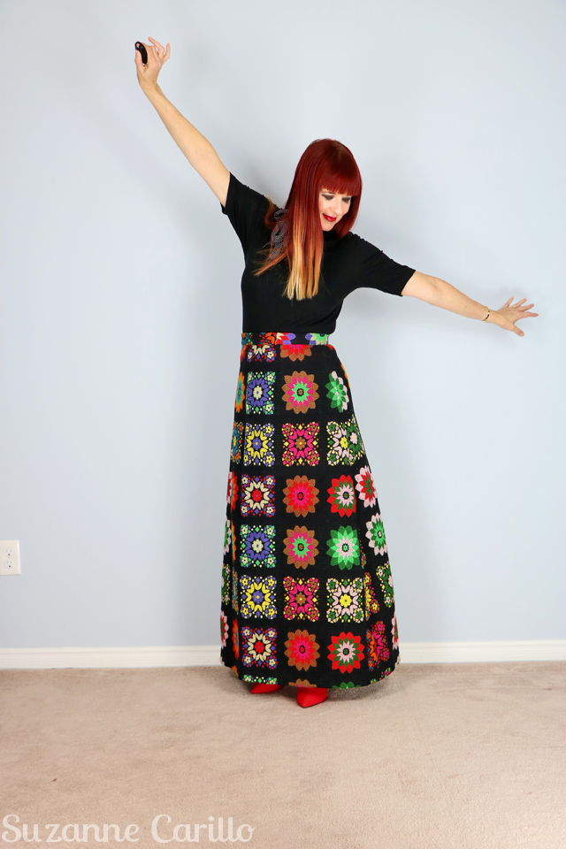 how to wear a vintage skirt over 40 suzanne carillo