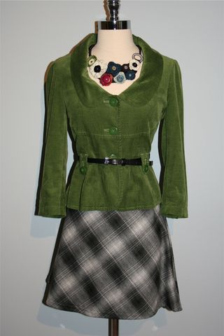 Green_jacket_buttonup_necklace