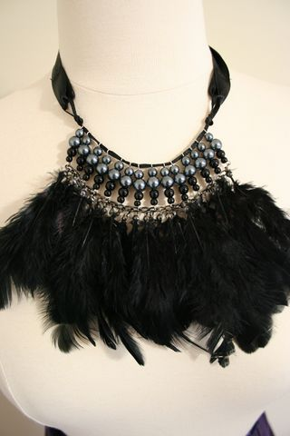 Feather necklace500