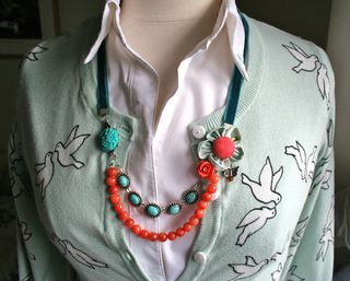 Orange_necklace_front_long