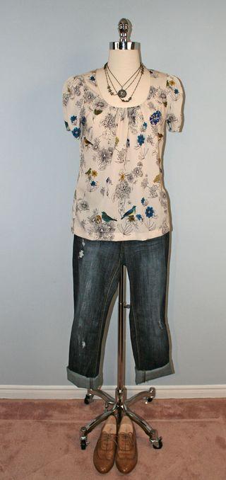Floral_blouse_jeans