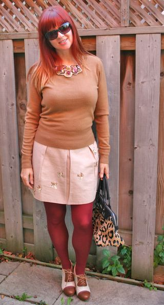 Rust tights bird skirt