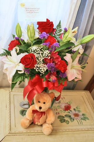 Bouquet and bear