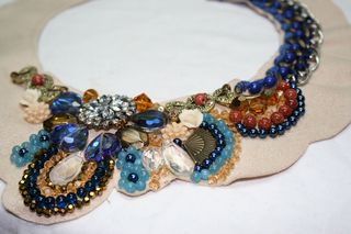 Collar beaded necklace
