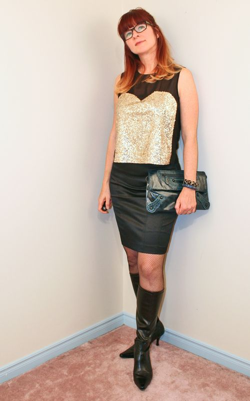Black pencil skirt H&M gold sequin top
