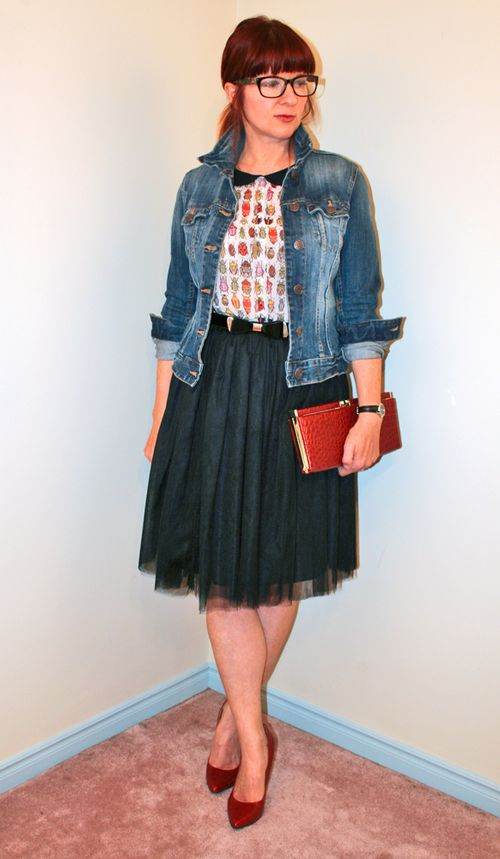 Black tulle skirt bug blouse jean jacket