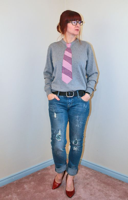 DIY tie applique sweatshirt