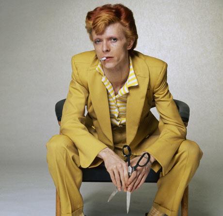 David-bowie-in-a-mustard-001