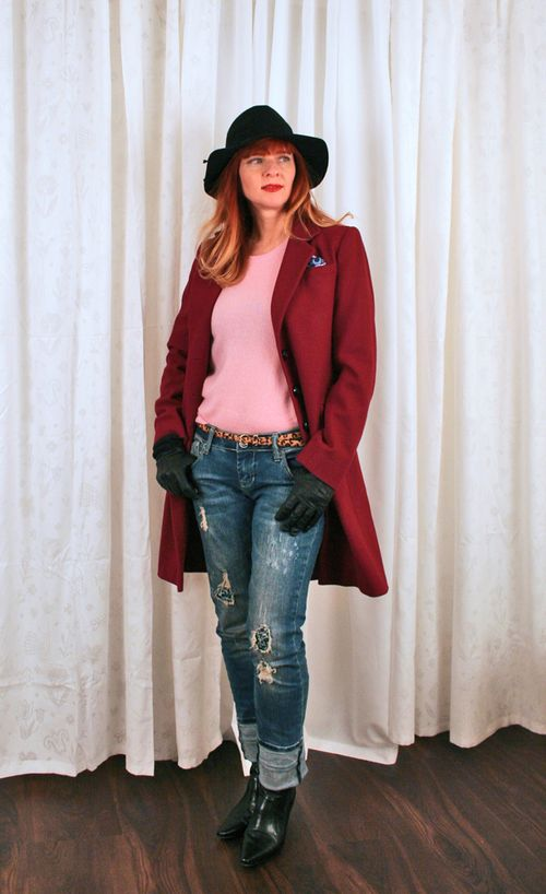 Long burgundy women's coat