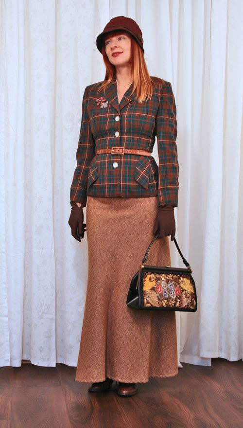1940s vintage outfit with plaid jacket
