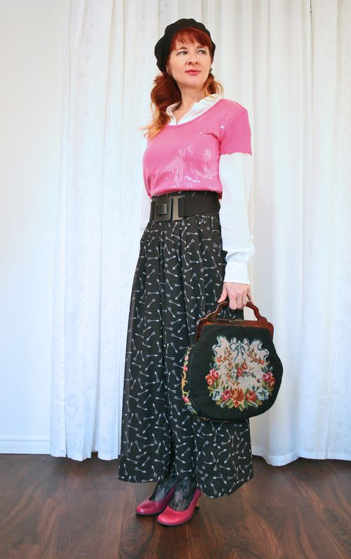 Vintage needlepoint handbag suzanne carillo