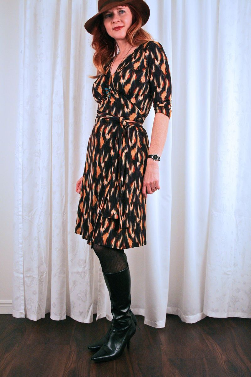 Kasper wrap dress