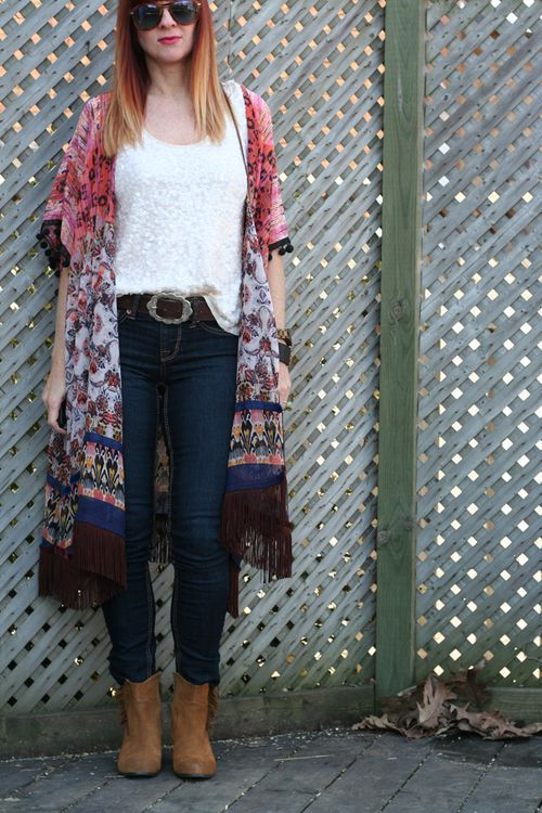 How to wear a kimono with sequins
