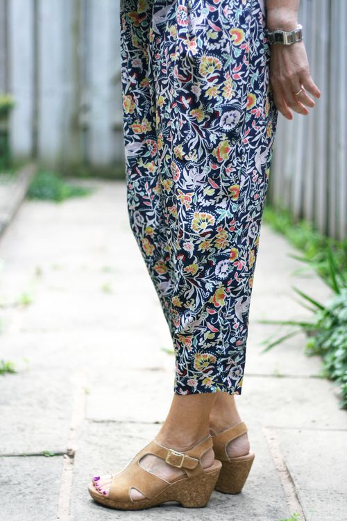 Silk harem pants daughters of the liberation anthropologie suzanne carillo how to wear harem pants