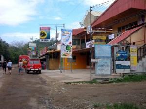 santa teresa costa rica main street