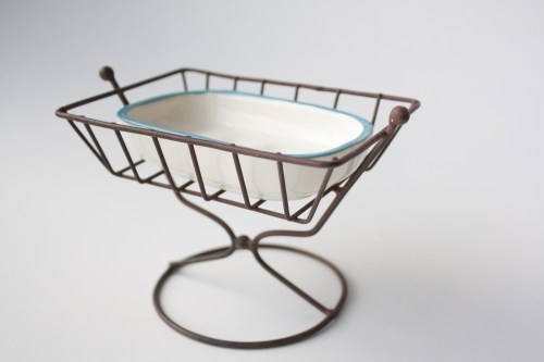 lofted soap dish