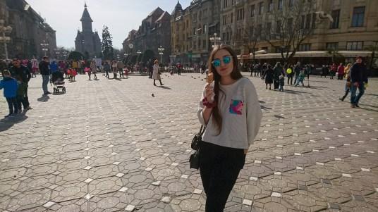 Maddie with her gelato in Piata Libertatii