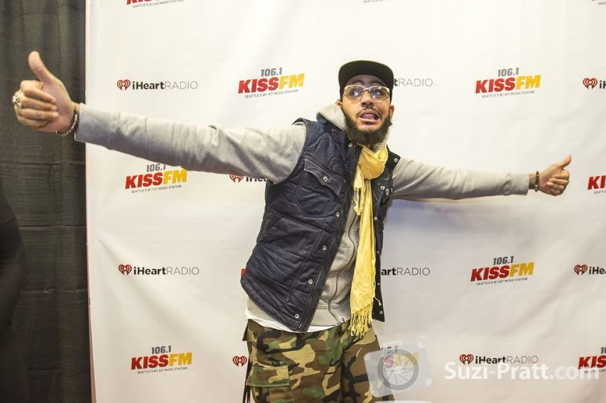 Travie McCoy 02