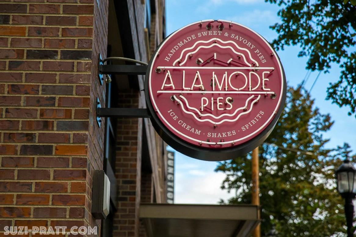 A la Mode Pie West Seattle bakery