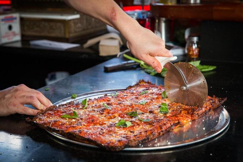 Dinos Tomato Pie Seattle pizza food photographer