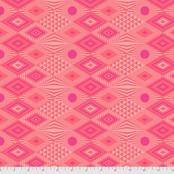 Daydreamer Lucy - Dragon Fruit PWTP096-DRAGONFRUIT