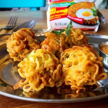 Reveal_1-1_0004_Mukka ÔÇô Crispy Onion Bhaji