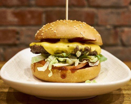 Moo Burger - Ziggy's, Balaclava