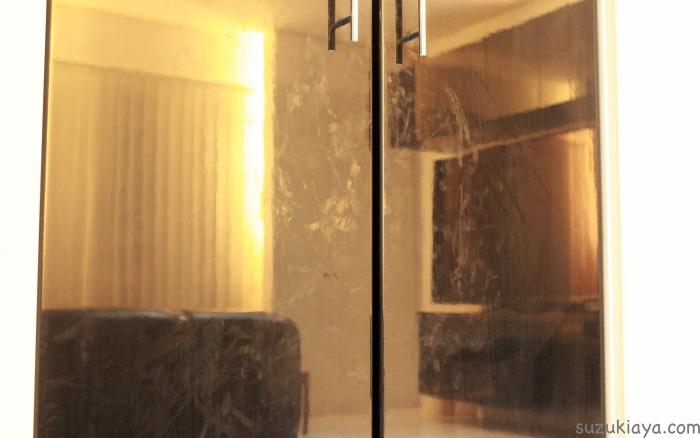 鏡面家具は汚れやすい!簡単な掃除方法はマイクロファイバーふきんを使うこと