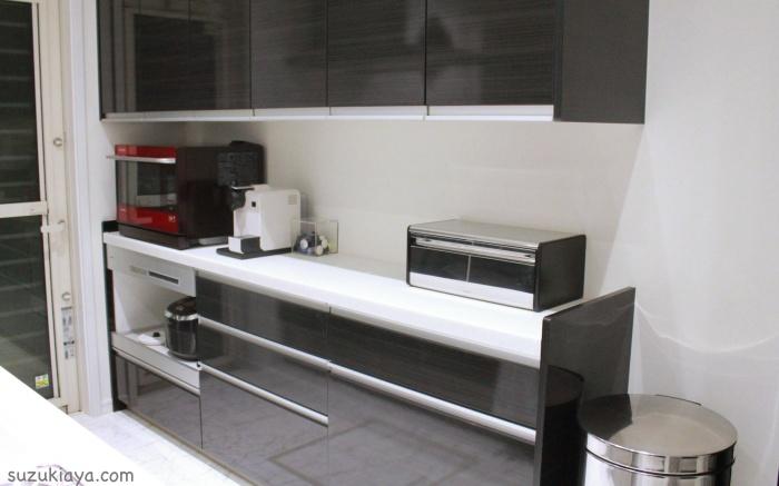 キッチンをすっきりさせるコツの1つ、ブラバンシアのブレッドビン
