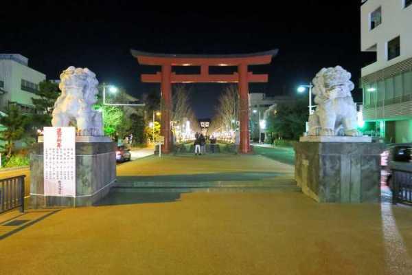 鶴岡八幡宮 表参道 段葛