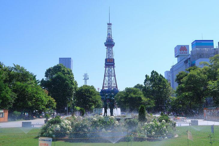 2018年7月の札幌 大通公園とさっぽろテレビ塔