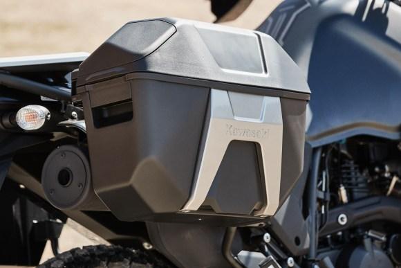2022 Kawasaki KLR650 Adventure Test: side case