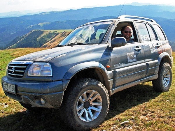Suzuki Grand Vitara Explore The World with STAG