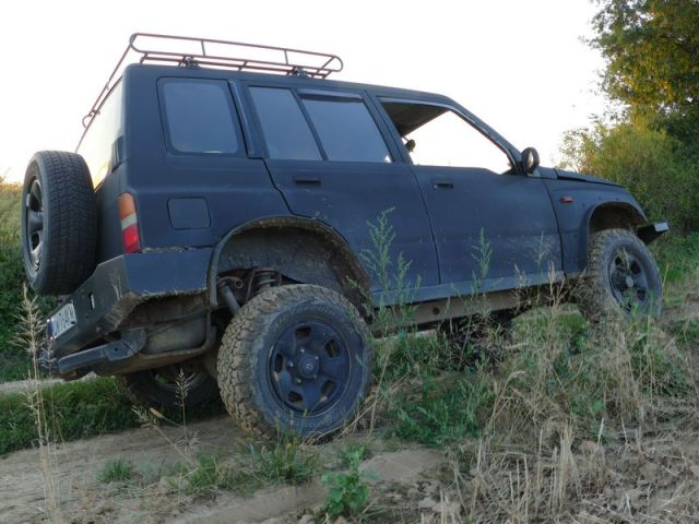 Suzuki Vitara Long – czarny mat Marcina