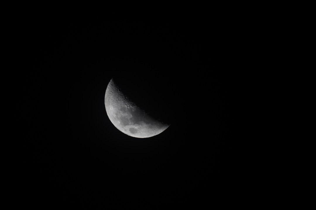 Moon Astrophotography: Earth & Sky stargazing in Lake Tekapo - Mount John Observatory tour