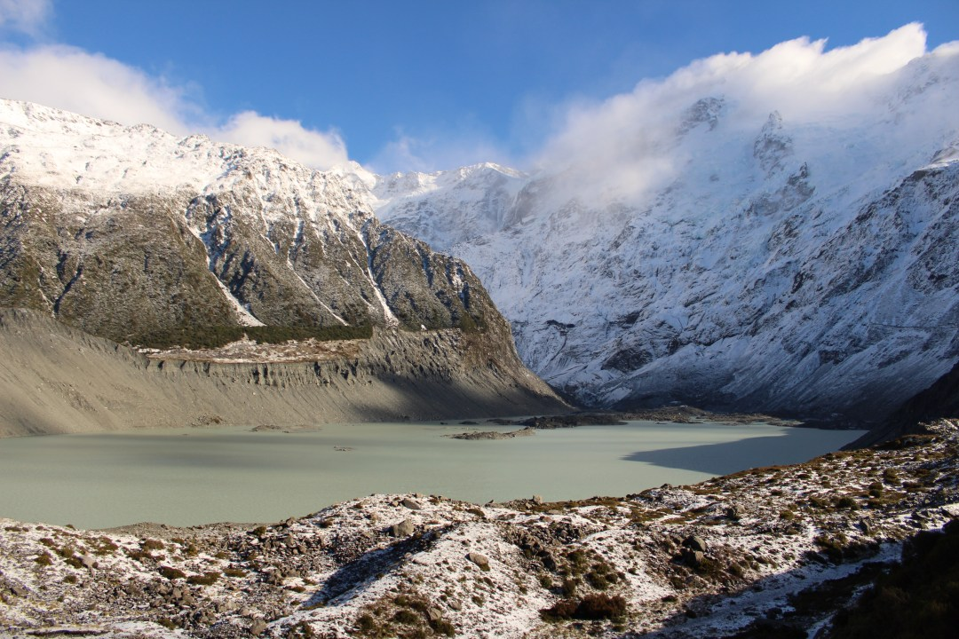 Hiking in New Zealand, Hooker Valley Track: Short Walks in Aoraki/Mount Cook National Park - Get the best views of Aoraki/Mount Cook
