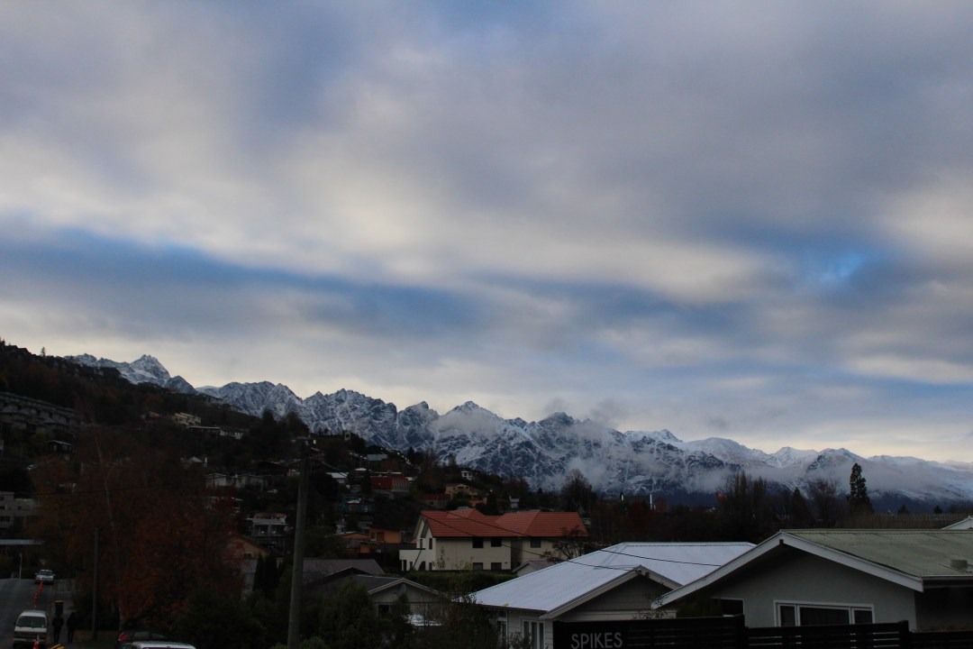 Mountain top and rooftop views from Pinewood Lodge in Queenstown