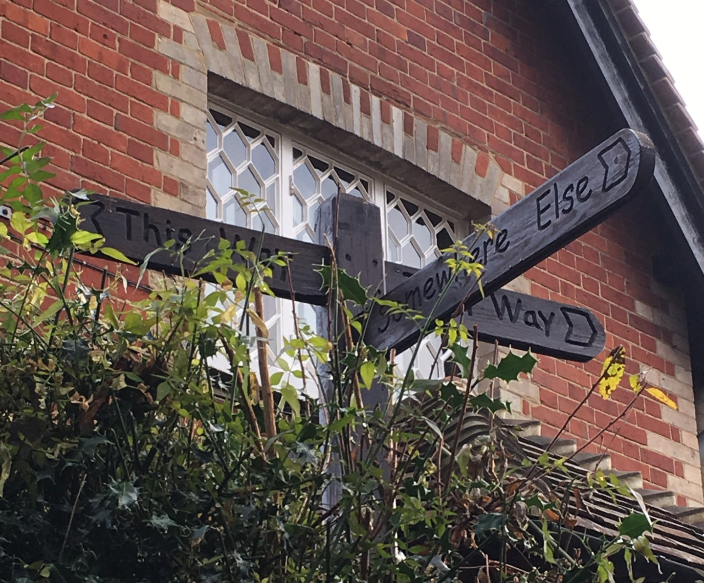 Shere-sign-post.jpg