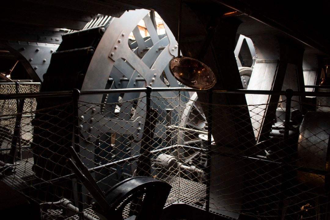 Visit Bristol In One Day Trip - Visit the SS Great Britain in Bristol's harbourside for an immersive taste of history, world exploration, and engineering! Visit a real turning engine in the engine room.