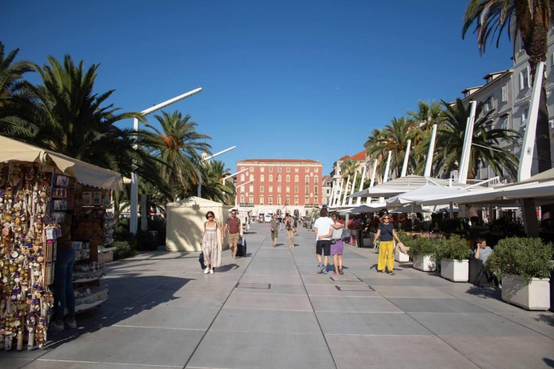 esplanade on sunny day in split
