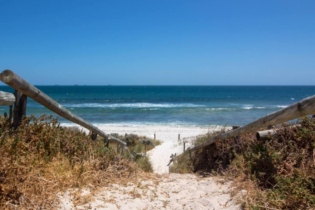 footpath to cottesloe beach and sea