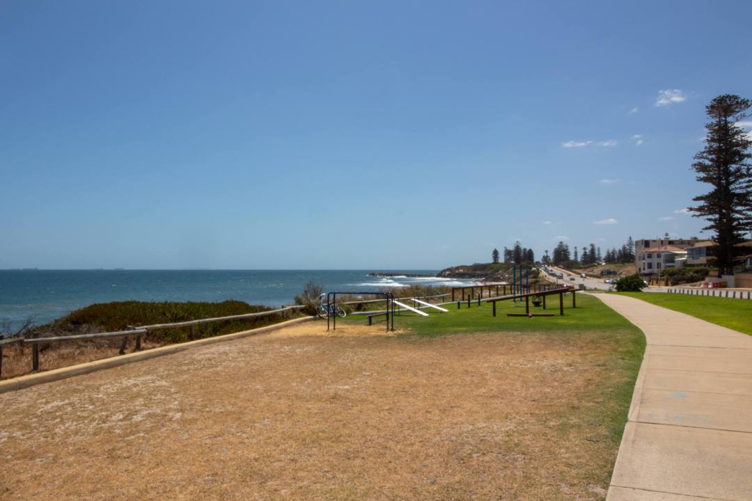 outdoor gym overlooking coastline in cottesloe